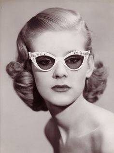 The Style Examiner: London College of Fashion Announces Exhibition 'Framed! Contemporary Eyewear in Fashion'