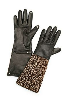 Add a little leopard with the Leo Haircalf Cuff glove. With embroidered lip detail on thumb and index fingers for touchscreen compatibility. http://on.dvf.com/1f0ndMx