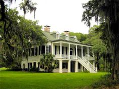The perfect plantation house! :D