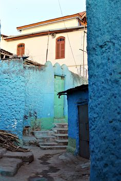 the colours of harar, ethiopia by line x shape x colour