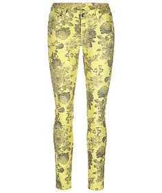Jeans by comma #denim #comma #flowers #engelhorn http://fashion.engelhorn.de/