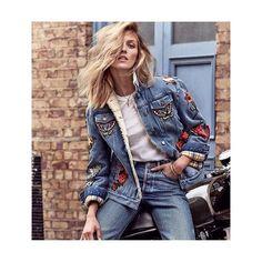 Jaqueta jeans bordada, como não amar? #cliquefashionoficial #jeans #trendfashion #jeansbordado #jeanswear #moda #instafashion #fashionista