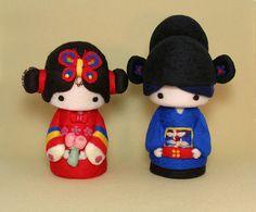 traditional korean doll wedding cake topper