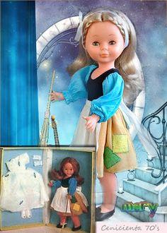 Las Nancys de Mery: Nancy Cuentos Populares Vestidos Nancy, Pram Toys, Nancy Doll, Vintage Dolls, My Children, Doll Clothes, Cinderella, Nostalgia, Childhood