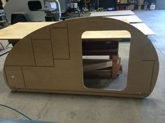 Teardrop Build Pictures: How an Oregon Trail'R Teardrop is Built. - Oregon Trail'R - Teardrop Trailers and Accessories Small Camping Trailer, Small Camper Trailers, Diy Camper Trailer, Kayak Trailer, Popup Camper, Camper Caravan, Mini Camper, Trailer Build, Camping Trailers
