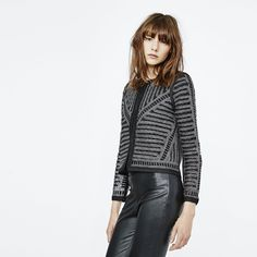 VERONA - embroidered jacket cropped black Maje