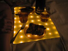 Portable Water resistant LED Picnic Blanket with hard center serving surface! by karylnewman, instructables: Runs for 4-6 hrs on rechargeable A batteries.   #DIY #Picnic_Blanket #LED