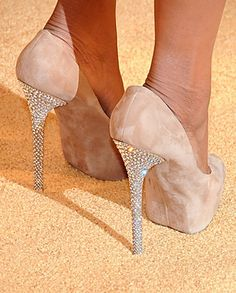 ahhh no one can ever have too many shoes ! especially shoes like these!!