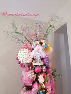 Candy Christmas Tree Topper. PamHornDesign.com  #HolidayDecor