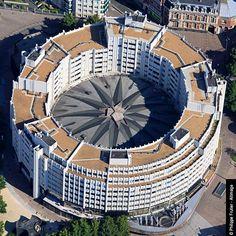 Immeubles - Le Nouveau Siècle - Guillaume Gillet - 1967 - 1980 - Lille - France - Photo 01