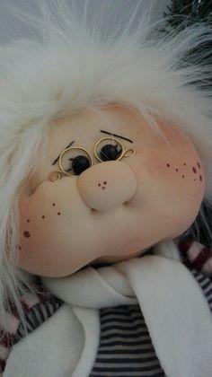 Muñeca Diy, Elves And Fairies, Soft Dolls, Holiday Ornaments, Gnomes, Fairy, Teddy Bear, Country, Toys