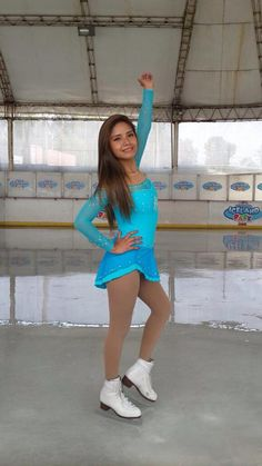 Nice designs. Frozen Dress. Vestidos de patinaje sobre hielo,  síguenos en https://www.facebook.com/niceperu
