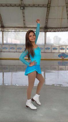 Nice designs. Frozen Dress. Vestidos de patinaje sobre hielo,  síguenos en https://www.facebook.com/niceperu