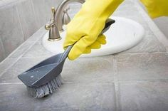 After learning these tips, I almost enjoy cleaning up! Cleaning Solutions, Cleaning Hacks, Garden Trowel, Garden Tools, Lava, Ideas Prácticas, Tile Grout, Grout Cleaner, Clean Up