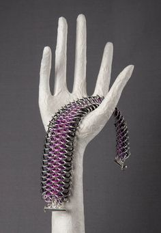 Dragonscale Chainmaille Bracelet black magenta pink by TheLoopyCat