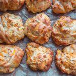 Svampede gulerodsbrud Baked Potato, Squash, Potatoes, Breakfast, Ethnic Recipes, Morning Coffee, Pumpkins, Gourd, Potato