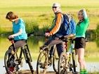 You will find many cycle paths in the surroundings of our Sites & Paysages which will show you the most natural settings. It's an excellent way to relax during your Camping Nature, Ways To Relax, France, Campsite, Paths, Natural, Holiday, Beautiful, Landscape