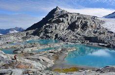 Brewster Glacier brewing up feelings of jealousy inside of me.  Pic: @katerina_maluschnig  _______________________________  #brewsterglacier #glacier #winter #nz #travel #newzealand #kiwi #instatravel #travelgram #landscape #nature #northisland #southisland #aotearoa #scenery #sceneryporn #beautiful #breathtaking #ourplanetdaily #neverstopexploring #lonelyplanet #splendid_earth #tourtheplanet #beautifuldestinations #igbest_shotz #naturelovers #roamtheplanet #worldshotz #wanderlust…