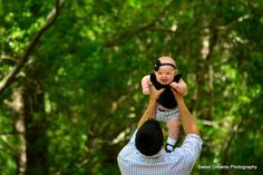 Father and infant daughter outdoor photo session www.facebook.com/sweetdphotos