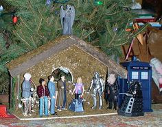 Doctor Who creche (nativity) Doctor Who Christmas, Christmas Things, Second Doctor, Torchwood, Geek Girls, Dr Who, Photos, Pictures, Tardis
