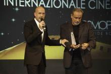 #RickyTognazzi http://www.ilprofumodelladolcevita.it/content/ricky-tognazzi-ora-parlo-iocon-enzo-de-caro-phmarizzi