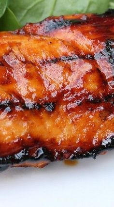 Barbecue Peach Chicken (peaches, ginger and vinegar) -no black pepper for fodmop diet. Turkey Recipes, Meat Recipes, Chicken Recipes, Dinner Recipes, Cooking Recipes, Healthy Recipes, Traeger Recipes, Grilling Recipes, Barbecue