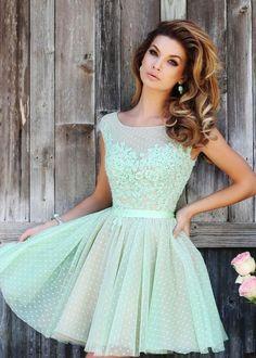 Confira 10 modelos de vestidos para você estar sempre elegante em qualquer ocasião.