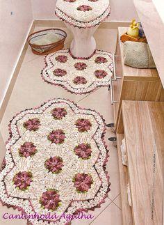 Crochet bathroom set ❤️LCB-MRS❤️ wit diagrams ---- Tapetes Em Crochê Com Flores - CROCHE COM RECEITAS