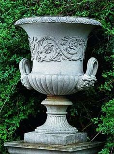State Vase urn - translated from cast-iron original; width at top x width at base x height & weighs Stone Planters, Urn Planters, Urn Vase, Garden Globes, Garden Urns, Flower Vases, Flower Pots, Design Rustique, Stone Statues