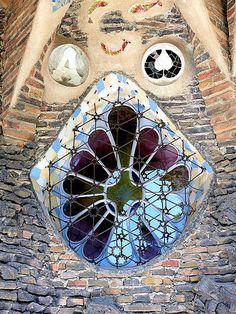 Santa Coloma de Cervelló - Claudi Güell 04   Cripta de la Co…   Flickr