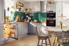How's this for a fresh, new, Spring kitchen?