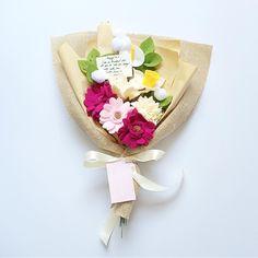 Gerberra daisy, lily, daffodil and calla lily #fleurifymediumplus