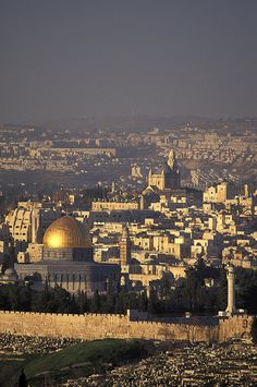 ✮ View of the Old City of Jerusalem from Mount Scopus in Israel