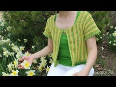 (10) How to crochet women's short sleeve summer top - two colors crochet pattern - YouTube