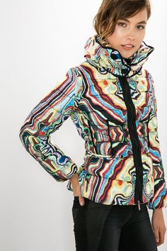 Desigual Quilted high neck coat. Discover the most sophisticated range with Desigual by L!