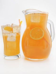 25 Party #Punch Recipes - from #Cosmopolitan including Fancy Bourbon Punch w/Maker's