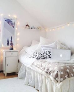 47 Adorable Interior Decorating Ideas for Girls Bedroom | All in One Guide | Page 2