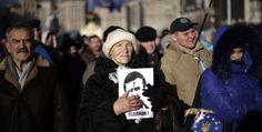 L'Ucraina è divisa. Dietro le proteste di Kiev c'è una generazione che guarda all'Europa e vuole allontanarsi dalla Russia. (Reuters/Stoyan Nenov)