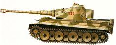 """Варианты окраски танка PzKpfw """"Тигр"""" (Tiger) (SdKfz 181), в зависимости от место дислокации действующей части. 502-Й ТЯЖЕЛЫЙ ТАНКОВЫЙ БАТАЛЬОН, РАННЯЯ ВЕСНА 1943 Г. У этого танка """"Тигр"""" ранней модификации, несшего службу на Восточном фронте, сохранилась система воздушных фильтров Файфеля. Основа маскировочной окраски — светло-желтый фон с разбросанными по нему зелеными пятнами."""