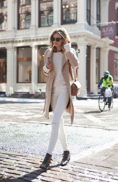 How to Style White Jeans for Fall