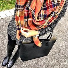 I'm just a teacher who likes to shop... Contact: shopmrscasual@gmail.com Blog: MrsCasual.com : shopmrscasual