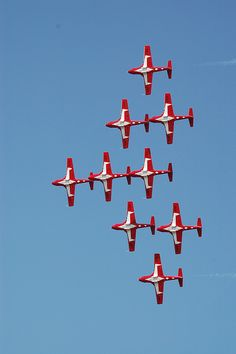 Canadian Snowbirds!  We love our Snowbirds.  They always do a heart in the sky at their shows.  ♥♥♥
