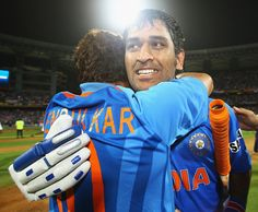 Have disagreed with Sachin at times: Dhoni - Yahoo! Cricket India