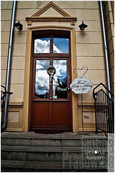 drzwi do restauracji