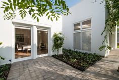 Munich, Garage Doors, Outdoor Decor, House, Home Decor, Architects, Decoration Home, Home, Room Decor