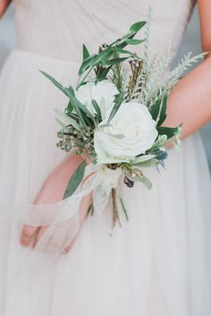 Photography: Annamarie Akins Photography - www.annamarieakinsphotography.com   Read More on SMP: http://www.stylemepretty.com/2016/01/26/ethereal-early-morning-wedding-inspiration/