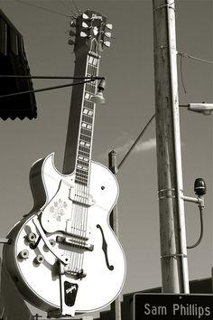 Sun Studios... Memphis...how iconic...it's a Huge Gibson Guitar btw.
