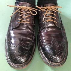 靴紐の結び方 オーバーラップとアンダーラップ 靴バカ.com Men Dress, Dress Shoes, Leather Boots, Derby, Oxford Shoes, Lace Up, Classy, Design, Fashion