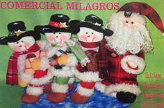 Papá Noel y sus muñecas de nieve