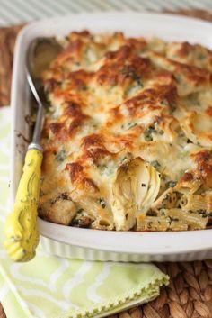Chicken, Artichoke and Spinach Pasta Bake | Tide & Thyme #henhouselinens